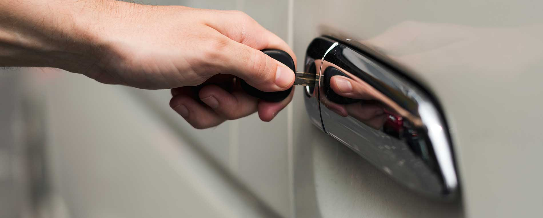 Discover the best benefits of having a car locksmith